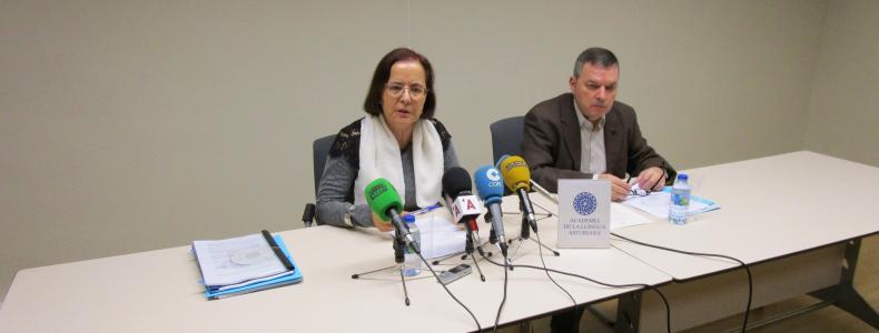 González Riaño releva a Cano na presidencia de l'Academia de la Llingua