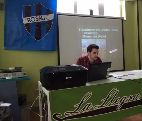 "Alejandro Fernandi: ""El fútbol ye una ferramienta abondo útil como pa llendala al entretenimientu"""
