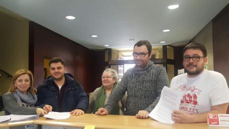 Amparo Antuña y Pelayo Suárez Colunga (IPÑ), Beatriz Corzo (Foro), René Coviella (IX) y Antonio Martínez Fernández (Conceyu Abiertu)