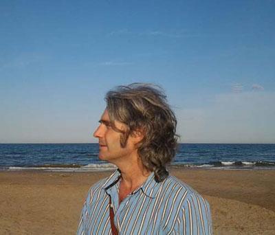 """""""La interpretación que se fai ye esaxerada y retorcida"""", señala López Álvarez (Somos)"""