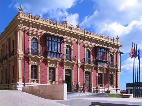 Planificación Llingüística va avalar con un informe xurídicu'l Plan de Carreño
