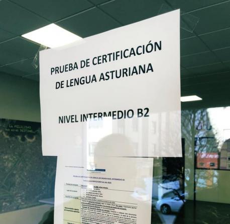 Cartelu Prueba de Certificación d'Asturianu B2