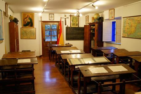 Clase escuela franquista del Museo Etnográfico de Grandas de Salime