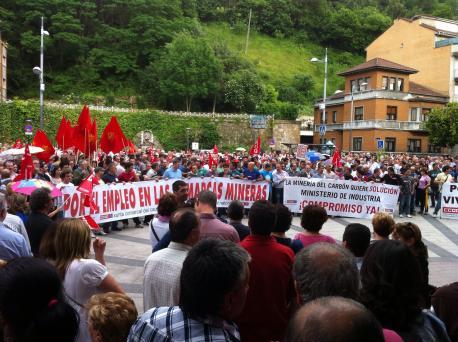 El Gobiernu asturianu acusa al Executivu de Rajoy de llevar a la minería a una situación insostenible
