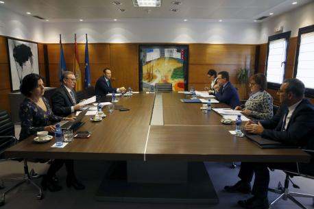 Conseyu de Gobiernu aprobación toponimia Uviéu, Onís y Cuaña