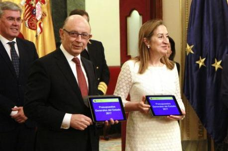 Cristóbal Montoro y Ana Pastor Presupuestos Xenerales 2017