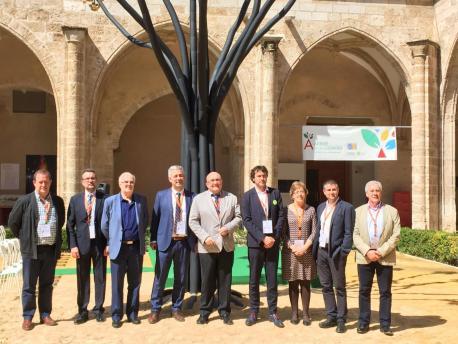 Asturies va trabayar en comuña colos otros territorios con llingua propia pa protexer los idiomes del Estáu