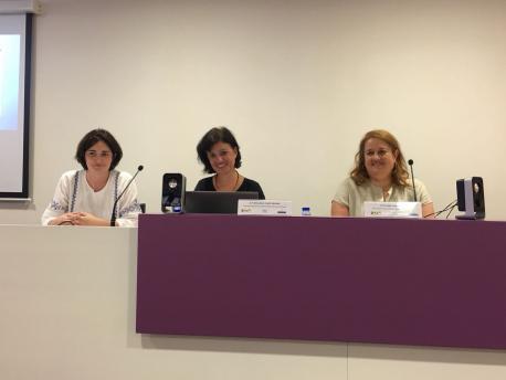 Flor Álvarez Rubio, Almudena Cueto y Isabel Sierra
