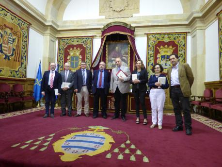 """Álvaro Ruiz de la Peña ye un asturianista nel sentíu clásicu"", diz D'Andrés"