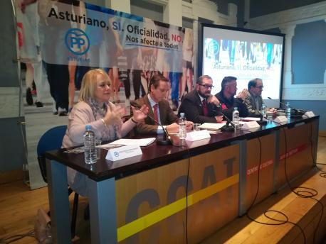 El PP dedica la charra sobre l'asturianu a comparase con Catalunya