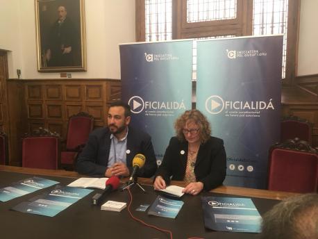 Inaciu Galán y Sabel Tuñón presentación II Seminariu Oficialidá
