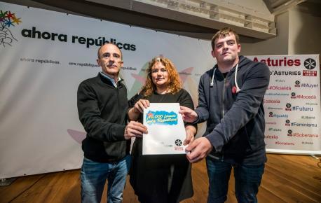 Josu Juaristi, Llucía Fernández Marqués y Pau Morales presentación Agora Repúbliques