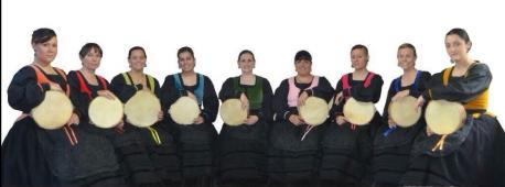 Les Pandereteres ponen el ramu al ciclu de música ibérica d'Avilés