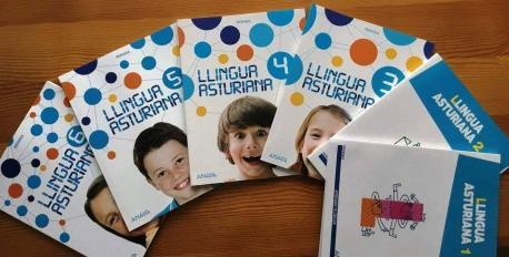 Llibros de testu de Llingua Asturiana de Primaria Anaya