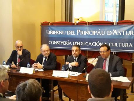 Nicolás Bartolomé, Leopoldo Tolivar, José Manuel Pérez Fernández y Vicente Hoyos charra 20 años Llei d'Usu