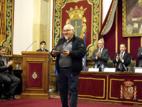 Premios Lliteriarios 2016: Adolfo Camilo Díaz, con 'La mar' (IX Premiu María Xosefa Canellada de lliteratura infantil y xuvenil)