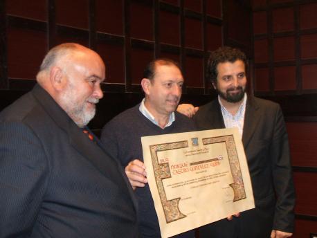 Quini Fundación Caveda y Nava con Eugenio Prieto y Inaciu Iglesias