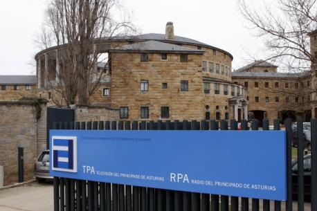 Un cursu na sede de la RTPA va permitir a periodistes formase n'asturianu