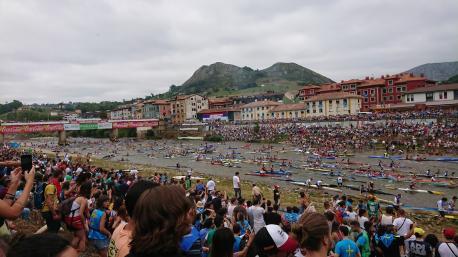 Salida del LXXXIII Descensu Internacional de Seya