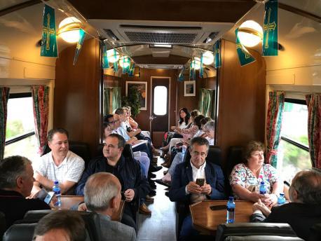 Trenes Turísticos d'Asturies autoridaes polítiques