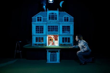 'Una casa' d'Higiénico Papel Teatro