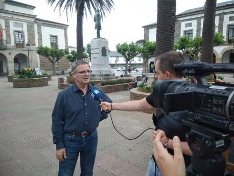 Xabiel González Menéndez Plataforma pola Oficialidá del Gallego-asturiano