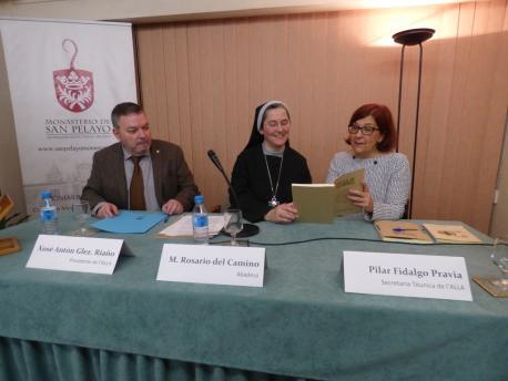 Xosé Antón González Riaño, María Rosario del Camino y Pilar Fidalgo 'Riegla de San Benitu'