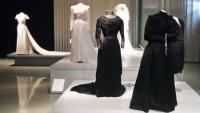 Sí quiero. Trajes de novia en la colección del Muséu del Pueblu d'Asturies