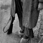 Milicianu en madreñes, xineru-febreru de 1937. Semeya de David Seymour.