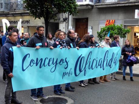 Conceyos pola Oficialidá manifestación 2017