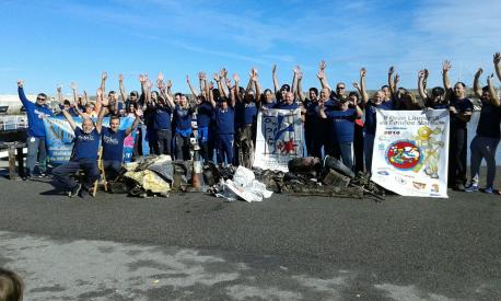 La II Gran Limpieza de Fondos Marinos retira más de 1.250 quilos de basura en Cuideiru y Llanes