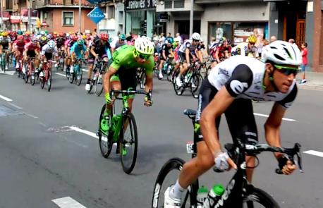 El Principáu quier aprovechar l'impactu de la Vuelta a España pa promocionar Asturies como destín turísticu