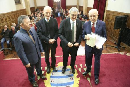 Xosé Antón González Riaño, Michael Metzeltin, Santiago García Granda y Xosé Antón González Riaño presentación DELLA