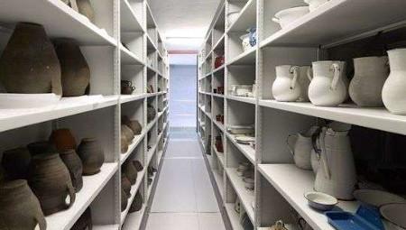 Un muséu per dientro: Visita a los almacenes