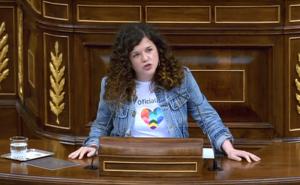 Sofía Fernández Castañón camiseta oficialidá Congresu