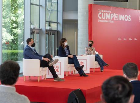 Adrián Barbón, Idoia Mendia y María Chivite en Bilbao