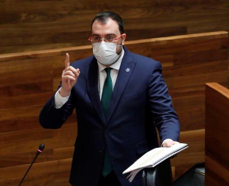 Adrián Barbón Xunta Xeneral retrasu toque de queda