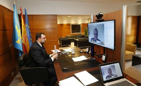 Adrián Barbón y Marcelino Marcos videoconferencia informativa coronavirus