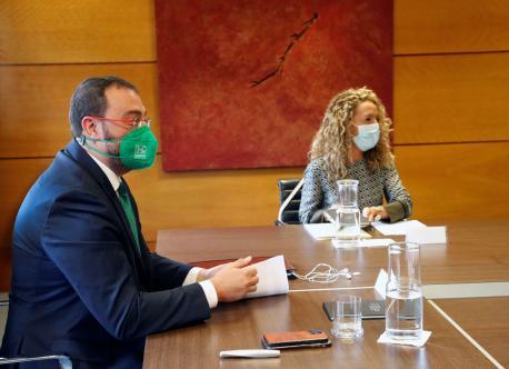Adrián Barbón y Teresa Mallada negociación reforma del Estatutu d'Autonomía