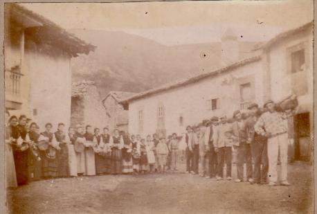 H.oguera del Cristo sobre 1900