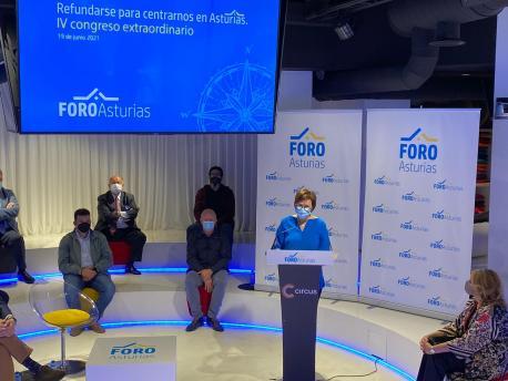 Carmen Moriyón congresu refundacional de Foro