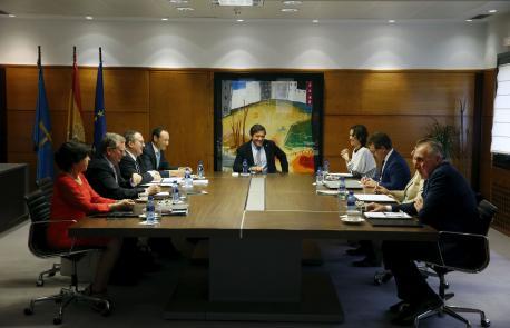 El procesu de recuperación toponímica encara'l so tramu final tres l'aprobación del decretu d'Eilao