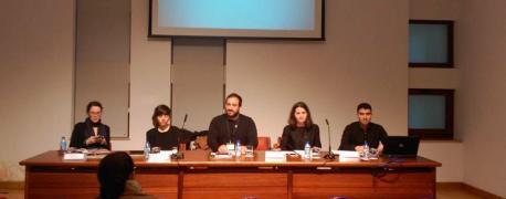 Inaciu Galán na mesa de la charra sobre l'asturianu nel franquismu recortada 3