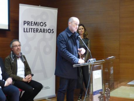 José Ángel Gayol gana'l premiu Xosefa Xovellanos