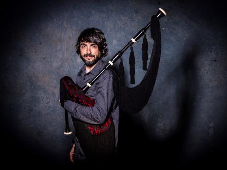 José Manuel Tejedor estrénase en solitariu col discu 'Miraes'