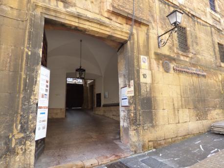 Llar de l'Academia de la Llingua Asturiana (ALLA) puerta