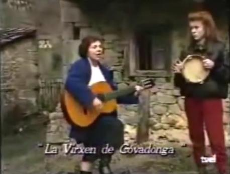 María Pilar Esther Fernández Sor Canción y Irene Llamas