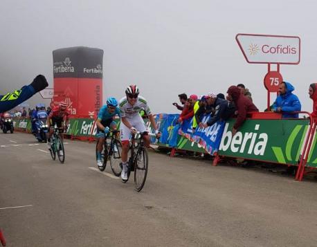 Pogačar, López Moreno y Roglič nel Alto'l Palo