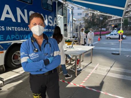 Puntu de vacunación Universidá d'Uviéu nel Campoamor