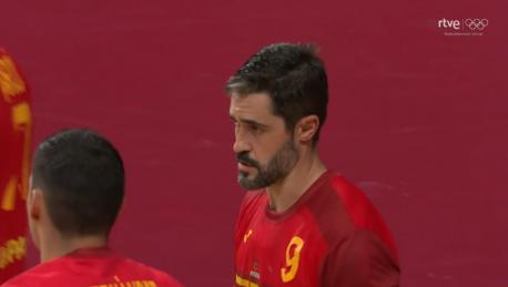 Raúl Entrerríos nel España 34-33 Suecia (3 d'agostu del 2021)